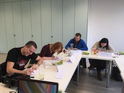 Konzentriertes Schreiben der ersten Silben